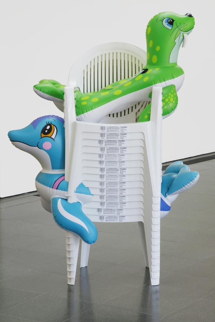 popeye_e_2013_0118_seal_walrus_chairs_2_1140