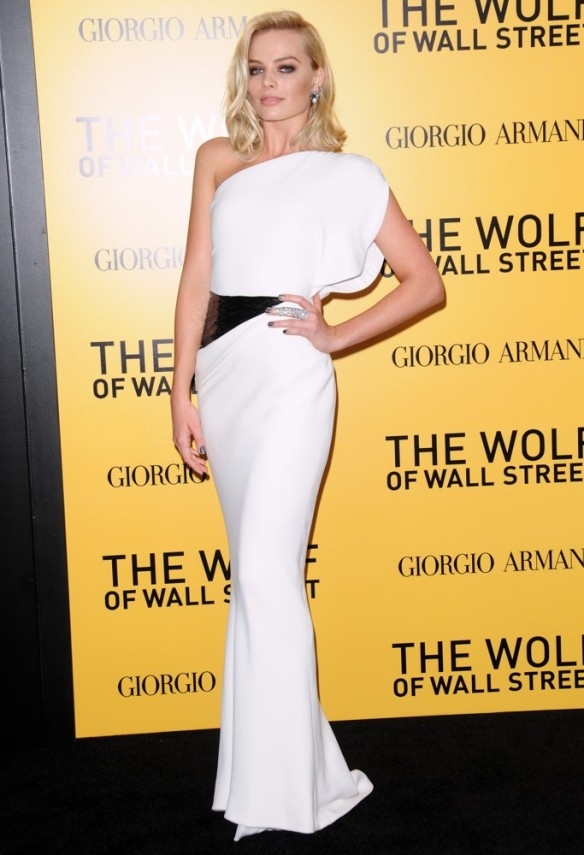 margot-robbie-premiere-the-wolf-of-wall-street-02